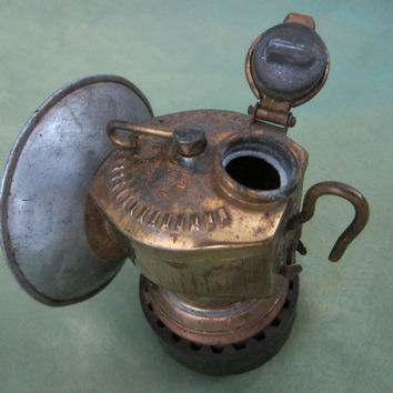 Just Rite Grip Metal Railroad Brass Kerosene Oil Lamp