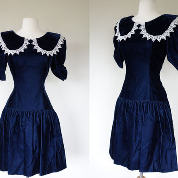 1980's blue dress, velvet dress, Laura Ashley dress, drop waist dress, fit and flare. peter pan collar, portrait collar, XS dress, size 4