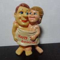 "Vintage R. & W. Berries Co. Nude Couple in Towel ""Happy Anniversary"" Plastic Figurine/Cake Topper - Humorous Figurine/Cake Topper"