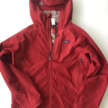 Patagonia Men's Hood Warm Insulated Ski Jacket Medium