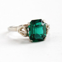 Vintage Sterling Silver Simulated Emerald Ring - Retro Hallmarked Sarah Coventry Adjustable Green Glass Stone May Birthstone Jewelry