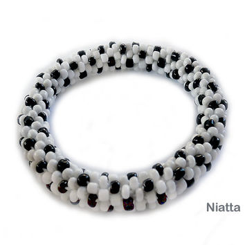 White Black Dots Roll On Bracelet Crochet Bead Rope Unisex Bracelet Niatta