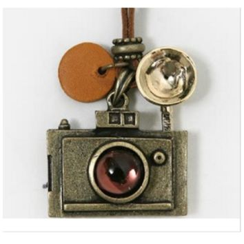 Fashion Vintage Leather Chain Camera Pendant Necklace For Women