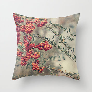 Throw Pillow Accent Pillow Toss Pillow Red Orange Berries Vintage Look