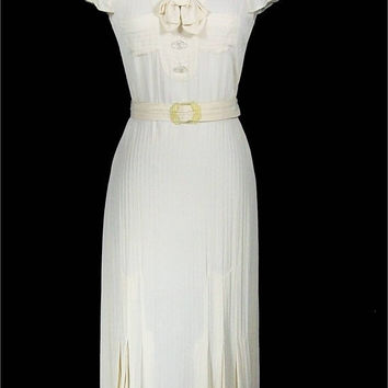 Vintage 1930s Dress / Winter White Cap Sleeve by FrocknRock