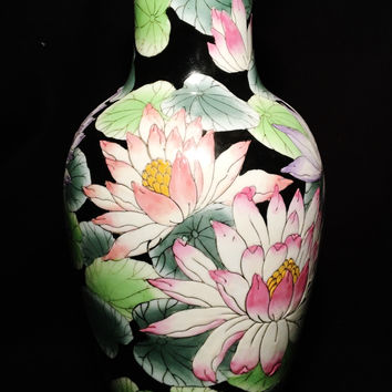 2 1900-1940 Hand Painted Porcelain Black Lotus Toyo Japanese Vases