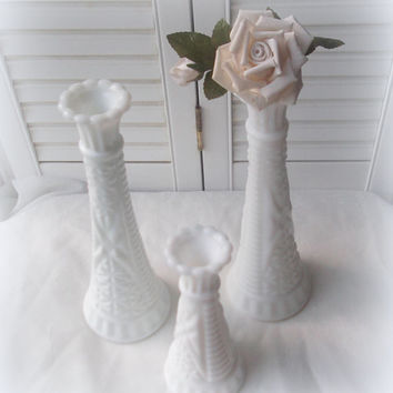 Vintage Milk Glass Bud Vase Trio Wedding Decor Shabby Cottage Chic