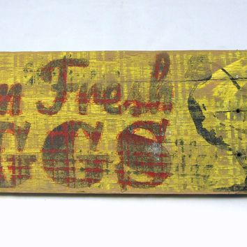 Farm Fresh Eggs Sign - Rustic/Weathered