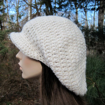Women's Hat Crochet Newsboy Cap Beret Slouchy Hat by Monarchdancer