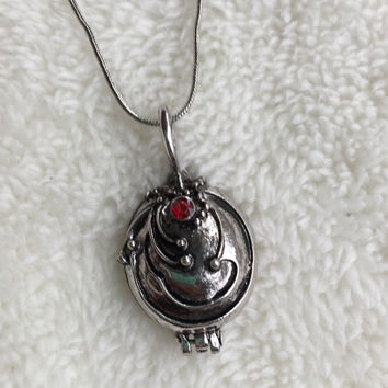 Vampire Diaries Elena Gilbert necklace