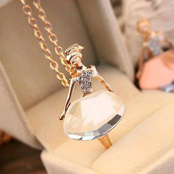 Lowest whole network, girls Ballet Girl Chic pendant choker necklace Bib crystal jewelry party