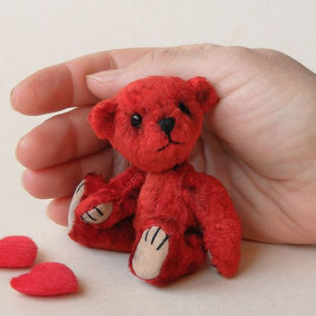 Red Heart  Artist Teddy Bear Miniature OOAK by Nina by NinaPopova