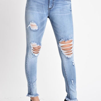 Curvy/ Plus LOW RISE DESTROYED HEMS SKINNY JEANS