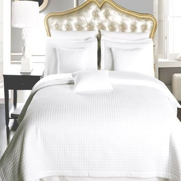4 or 6 PCLuxury Checkered Quilted Wrinkle Free Coverlet set