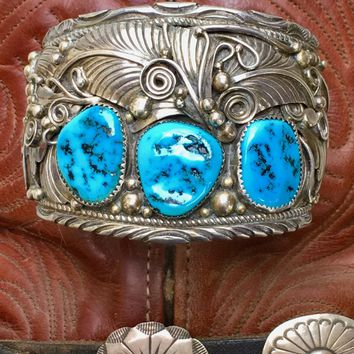 Big 'Ol Navajo Bracelet with Turquoise in Sterling Silver Augustine La
