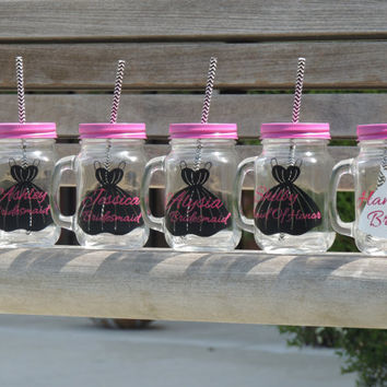 Glass mason mug, wedding mason mug, mason jar with handle, bridal shower favor, bachelorette party favor, drinking mason jar, holiday party