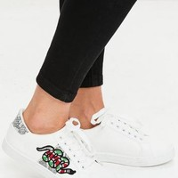 Missguided - White Snake Embroidered Sneakers