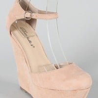 Breckelle Cilo-21 Round Toe Wedge