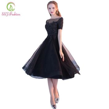 New The Banquet Elegant Little Black Dress Bride Lace Appliques Short Sleeveless A-line Short Cocktail Dress Party Gown