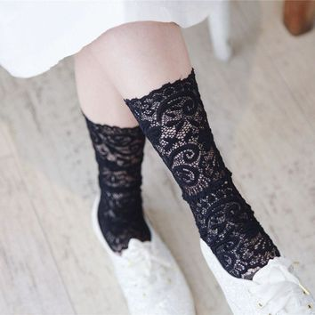 1 Pair Sweet Girls Lace Floral Summer Socks Fashion Ruffles Hollow Out Creative Mesh Fishnet Ultra-thin Sock