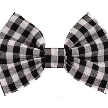 SALE Black and White Hair Bow in Checkered Gingham Print -Vintage Inspired Hair Bow - Rockabilly Hair Bow