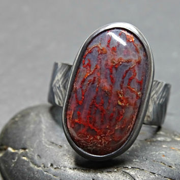 agatized dino bone ring, unique mens ring silver, red dino bone ring, red agatized dinosaur bone ring black silver, genuine fossil ring