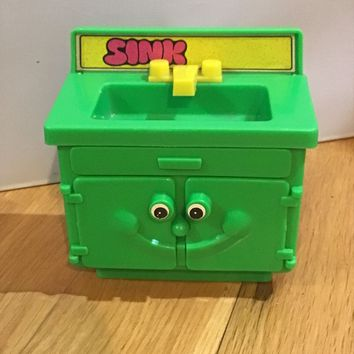 Vintage 1970s Green Mini Sink Toy Zoodle Land