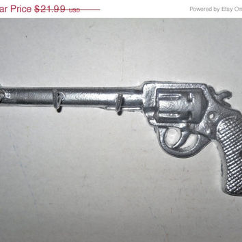 HOLIDAY SALE Decoartive Key Hook / Pistol Key Rail / Jewelry Hanger / Western Wall Decor / Chrome / Gun Key Holder / Shabby Chic Decor