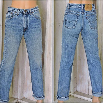 Vintage Levis 505 jeans 30 X 30 / size 7 /8 / high waisted / straight leg / slim fit