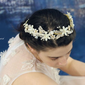 Wedding Hair Accessories, Gold Butterfly Hair Circlet, Gold Pearl Hair Accessory,  Butterfly Crown,Wedding Bridal Head Piece Wreath