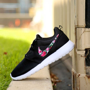 Custom Floral Roses Nike Roshe Run Shoes Fabric Pattern Men's Women's Birthday Present, Perfect Gift, Customized Nike Shoes