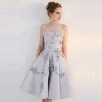 Real Elegant Silver A Line Flowers Lace Party Cocktail Dresses 2017 Knee Length Homecoming Graduation Party Prom Gowns TC90