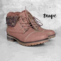 cozy womens sweater boots - taupe Day-First™