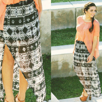 Furor Moda - B/W Tribal Skirt
