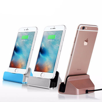 Original Desktop Charger Dock Station USB Sync Adapter Mobile Smart Phone Charging Device For Apple iPhone 5 SE 6 6S 7 Plus