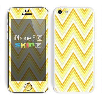 The Sharp Vintage Yellow Chevron Skin for the Apple iPhone 5c