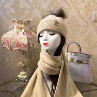 ONETOW LV Louis Vuitton Fox Hairball Hat Scarf Set