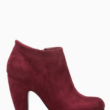 Burgundy Faux Suede Chunky Ankle Booties @ Cicihot. Booties spell style, so if you want to show what you're made of, pick up a pair. Have fun experimenting with all we have to offer!