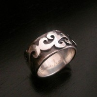 Mens Scroll Ring | JamieSantellano - Jewelry on ArtFire