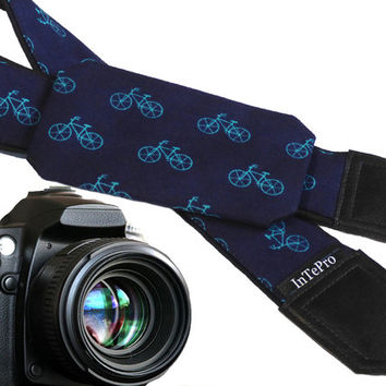 Pocket camera strap with bikes. Teal bicycles. Dark blue camera accessory with pocket. Camera gear for him. Gifts for men. Etsy finds.