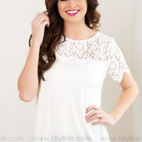 SIMPLE - Women Fashionable Lace Round Necked Short Sleeve Solid T-Shirt a10858