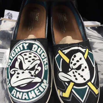 352832fc0c0e Anaheim Ducks MIGHTY DUCKS Custom Hockey or ANY by HeavenlyHayley