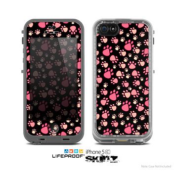 The Cute Pink Paw Prints Skin for the Apple iPhone 5c LifeProof Case