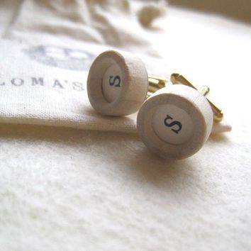 CUSTOM cuff links small porcelain with wooden bezel by palomasnest