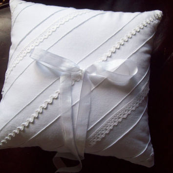 White Ring Pillow - Lace and Vintage Ribbon - Country Wedding - Summer Wedding Pillow