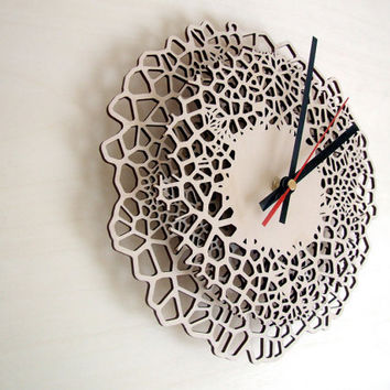 Laser cut wall clock - Giraffe - MEDIUM - laser cut wood - voronoi pattern