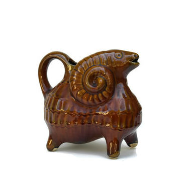 Ceramic Ram Pitcher. Mid Century Figural Ceramic Water Jug. Aries Gift. Goat Figurine.