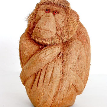 Monkey Figurine - Hand Coconut wood carved from old Sri Lanka technology