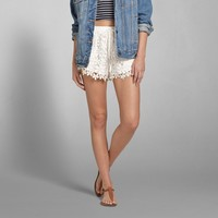 TEXTURED HEM SHORTS