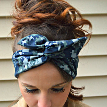 US Navy Camo Dolly bow headband, digital Camo Patriotic Dolly bow, hair bow, A1